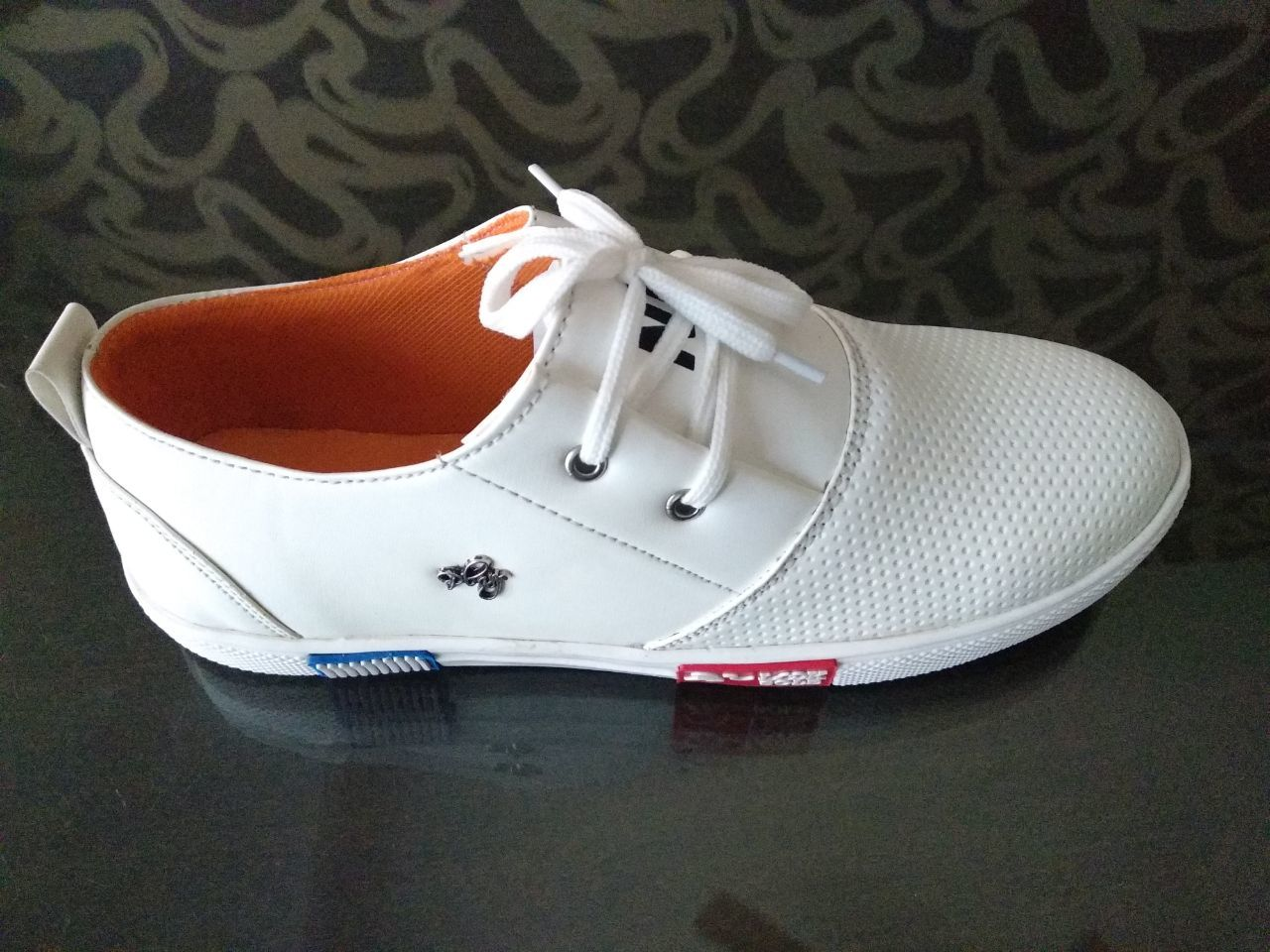 WHITE COLOUR CASUAL SHOES FOR MEN'S