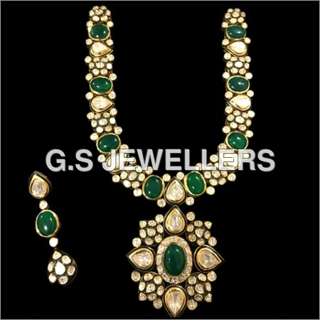 Green Polki Line Necklace