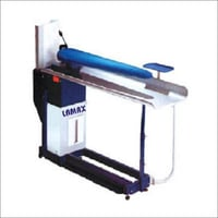 Lamax-Steam Ironing Station