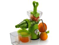 Plastic Fruit and Vegetable Juicer Excellent