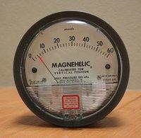 Dwyer 2000-60NPA Differential Pressure Gage Range 10-0-50 Pa