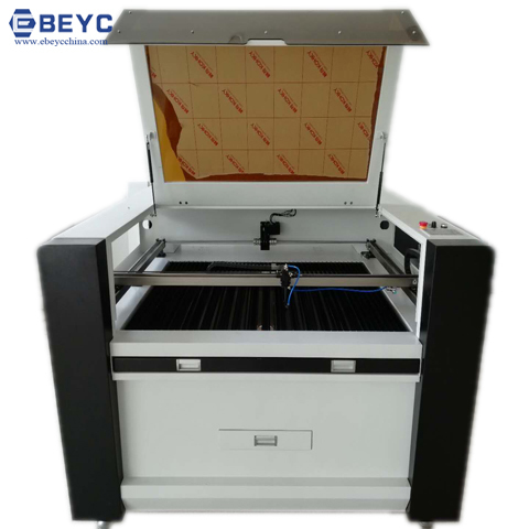 CO2 Nonmetal Laser Cutting Machine