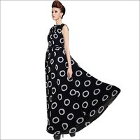 Ladies Dyna Ring Black Gown