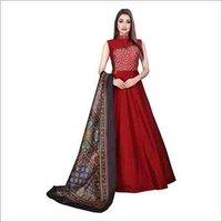 Ladies Sleevless Designer Gown