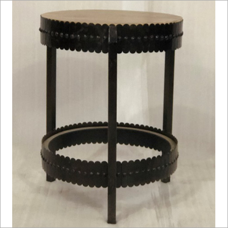IRON & WOODEN ROUND TABLE