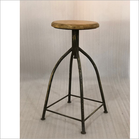 IRON & WOODEN BAR STOOL