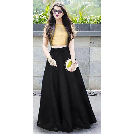 Ladies Golden Crop Top Plain Black Skirt