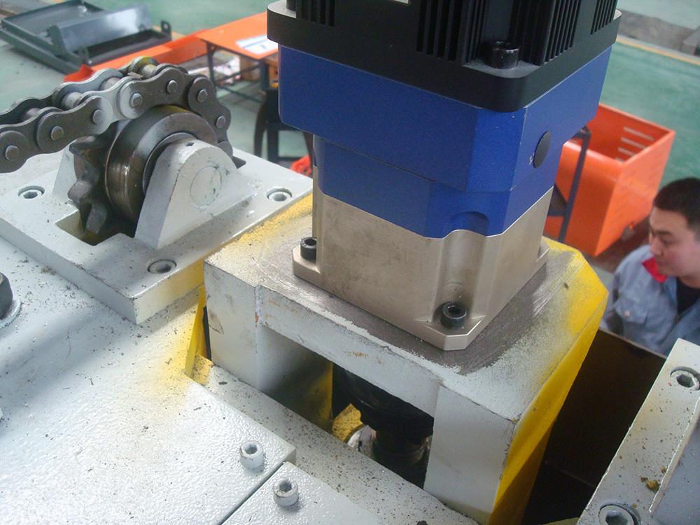 Deep Hole Gun Drilling Machine for cubic workpiece
