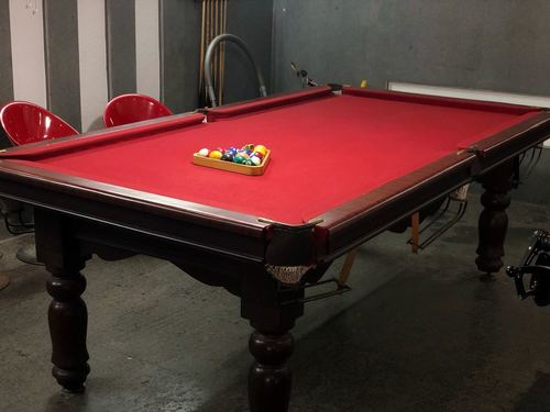 Professional Pool Table
