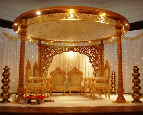 Antique Wood Wedding Mandap