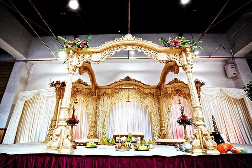 New Wood Wedding Mandap