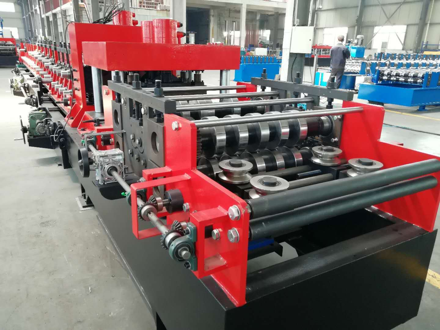 Fully Automatic C Purlin Roll Forming Machine