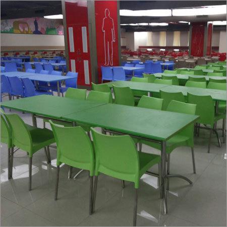 Cafateria Table