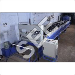 Roofing sheet Forming machine with fly cut