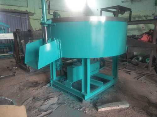 Pan Mixer with Hydraulic Door Open