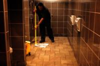Restaurant Bathroom Deep Cleaning