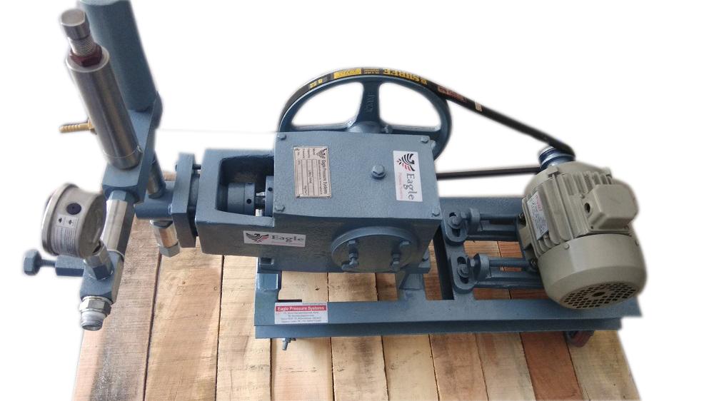 Hydraulic Pressure Test Pump UP to 700 bar