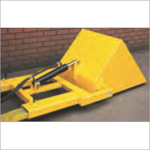 Scoop Attachment - Hydraulic