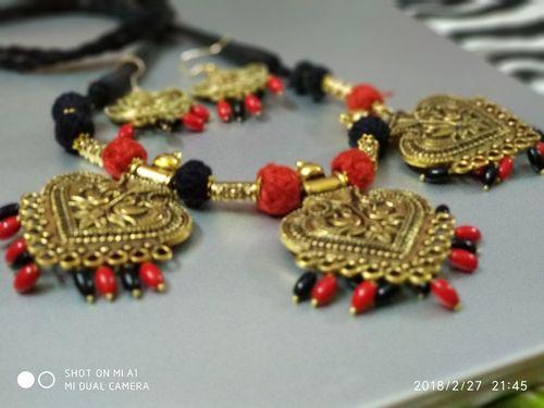 Ladies Fashion Jewelry
