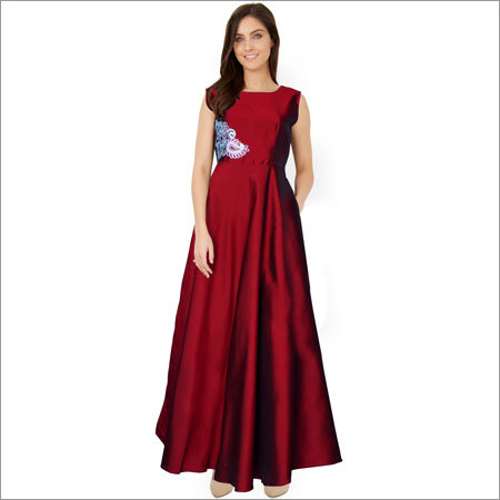 Ladies Paris Maroon Dress