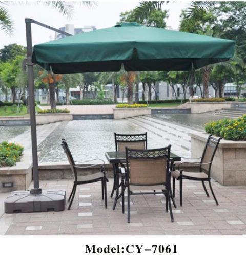 Side Pole Garden Umbrella