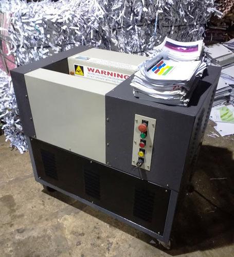 Industrial Shredding Machine