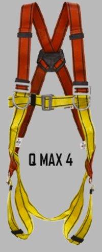 QMAX 4