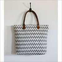 Vintage Darry Tote Bag