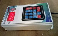 Wireless Token Number Display 3 Window One Display Panel With 3 Keypad Remote