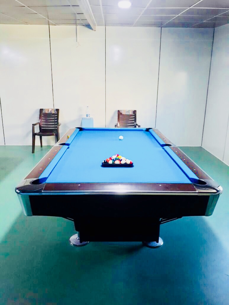 8' American Pool Table