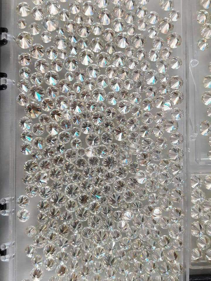 Moissanite Daimonds [near white] Round Brilliant Cut