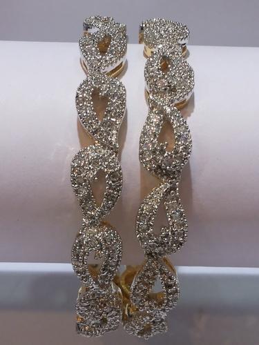 Bridal Pattern American Diamond Bangles
