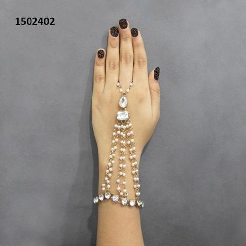 Pearls  Chain Hand Harness