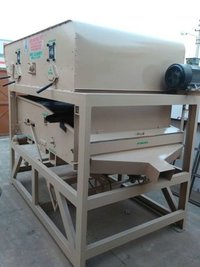 Peas Cleaning and Grading Machine