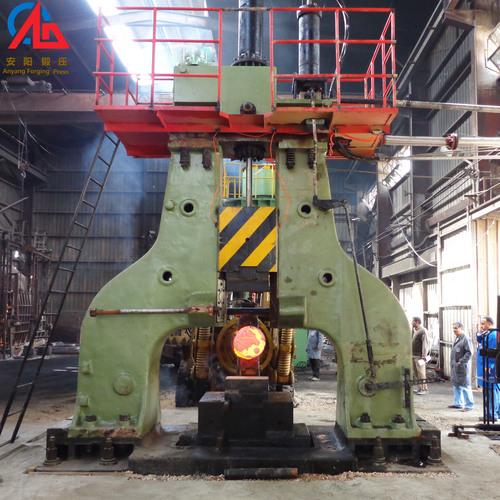 Hydraulic forging hammer for open die forging