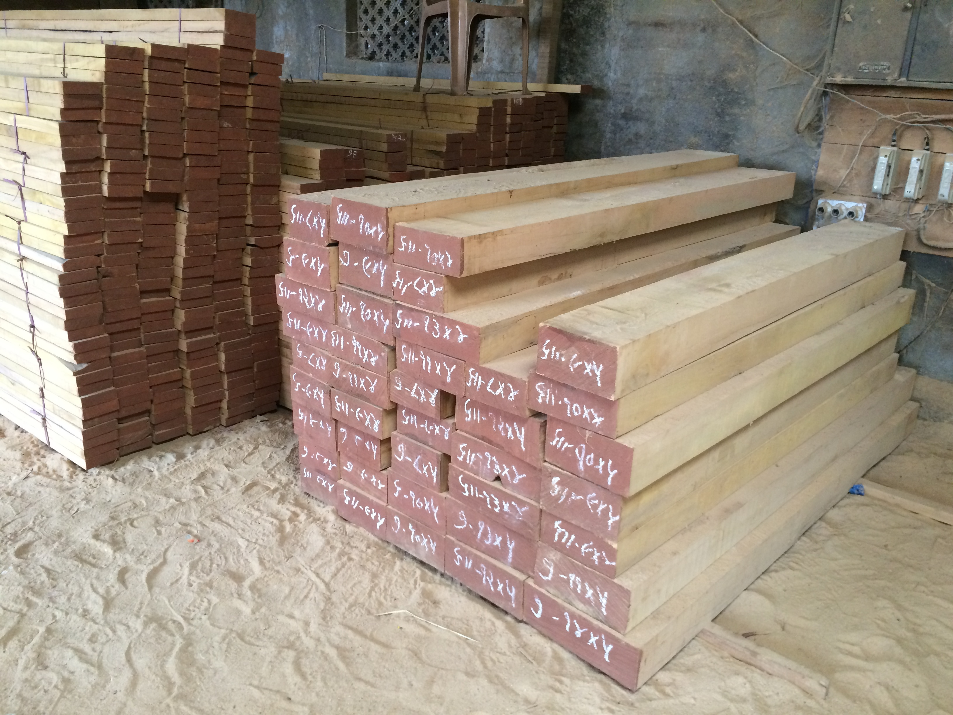 hed wooden size