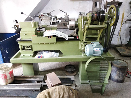 6 Feet Medium Duty Lathe Machine