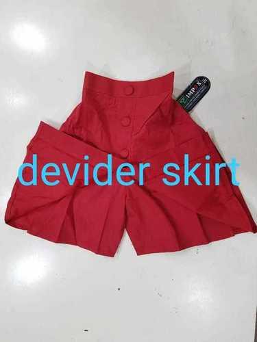 Divider skirt