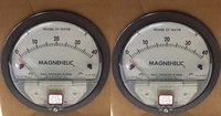Dwyer USA Model 2040 Magnehelic Gage Range 0-40 Inch WC