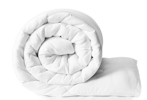 white plain comforter