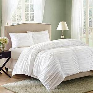 hotel bedsheets