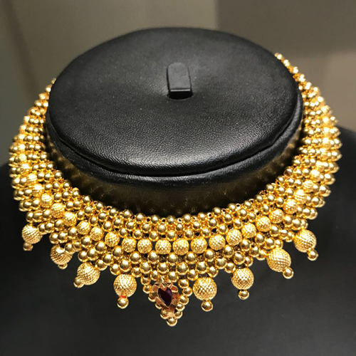 Thushi Necklace