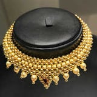 Thushi Necklace