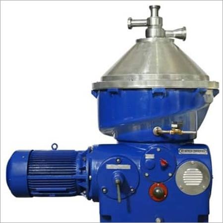 Centrifuge oil seprator