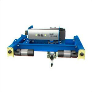 Double girder electric hoists on end carriage