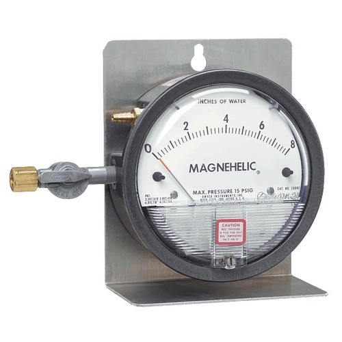 Dwyer 2202 Magnehelic Differential Pressure Gauge 0-2 PSI