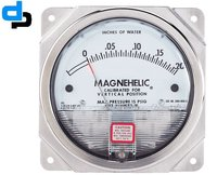 Dwyer USA Model 2015 Magnehelic Gage Range 0-15 Inch WC
