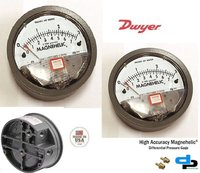 Dwyer USA 2003 Magnehelic Gage Range 0-3.0 Inch WC