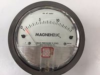 Dwyer 2000-15CM Magnehelic Differential Pressure Gauge