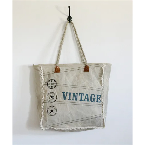 Big Size Tote With Stylish Handles